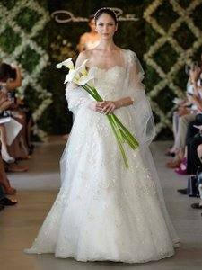 Oscar De La Renta 44e0b Wedding Dress
