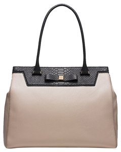 Kate Spade Satchel in clocktower black