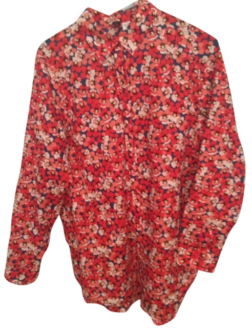 Preload https://item5.tradesy.com/images/divided-by-h-and-m-red-floral-button-down-top-size-8-m-946664-0-0.jpg?width=400&height=650