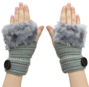 Gray Knitted Fur Trimmed Fingerless Button Accent Gloves