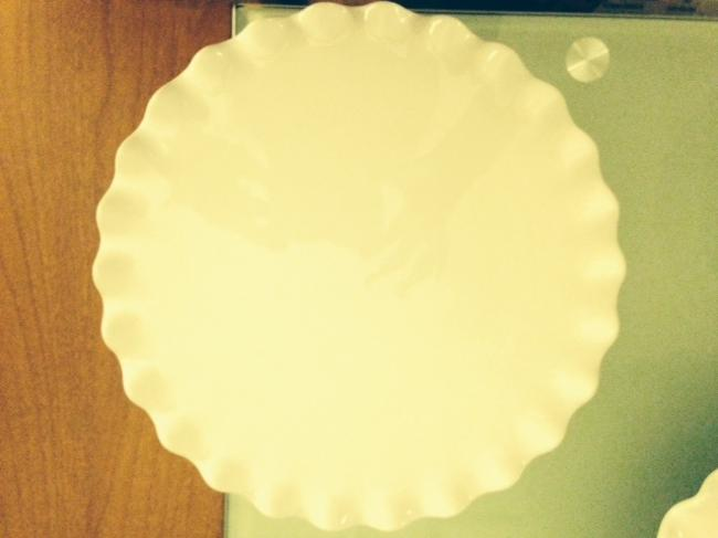 Item - White Scalloped Cake Stands Tableware