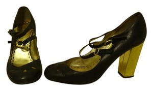 Juicy Couture Heels black and gold Pumps