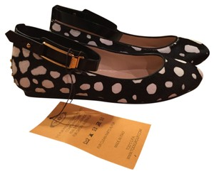 Tod's Punk Gold Studs Ankle Strap black with white spots Flats