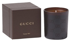 Gucci New w/ Tags, Factory Sealed in Original Poly - Limited Edition Gucci Italy Logo Sandalwood Candle w/ Gift Box
