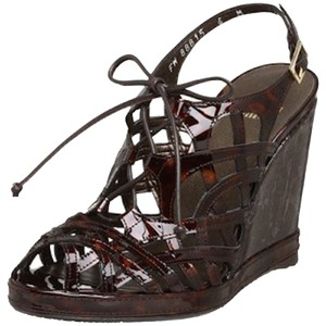 Stuart Weitzman Tigress Leather Brown Cognac Tartaruga Patent Wedges