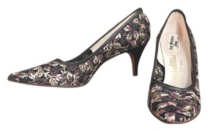 Floral Lace Multi Pumps