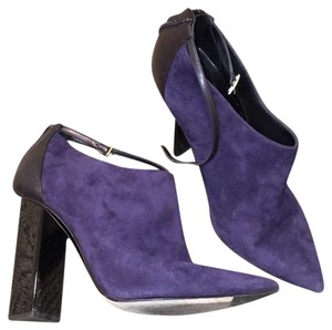 Jimmy Choo Blue suede, black heel Formal