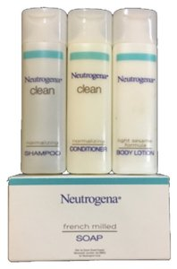 Neutrogena NEUTROGENA 4-Piece Travel Size Toiletry Set
