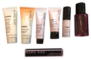 Mary Kay 7-Piece Travel Size Toiletry Set