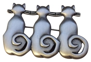 JJ Jonette Jewelry Vintage 1980s JJ Jonette Brushed Pewter Modernist Three 3 Kitty Cat Kittens In Time Out Figural Pin Brooch