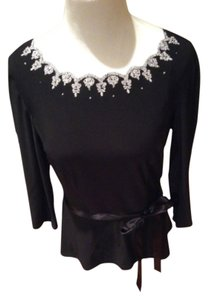 MSK Top Black, with white beads