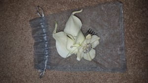 Lily Hairpiece