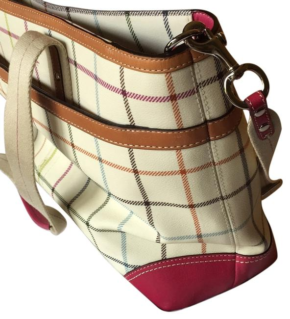 Item - Fuchsia / Plaid Pebble-grain Laptop Bag