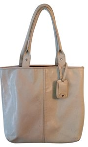 ALDO Tote in white