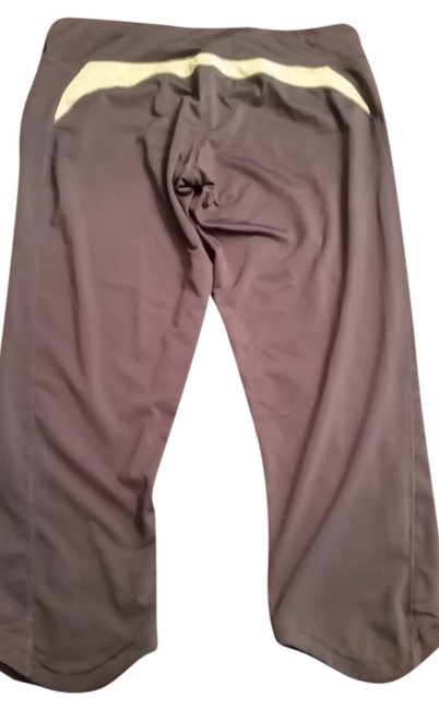 Item - Grey and Yellow Activewear Bottoms Size 4 (S, 27)