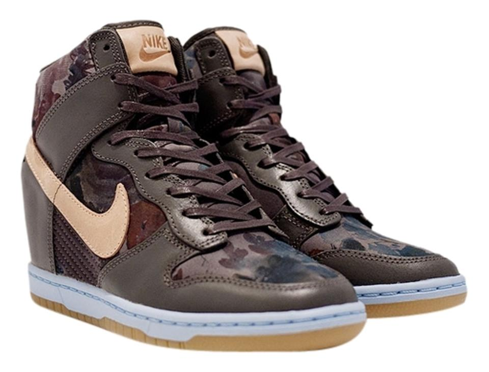 super popular a76fe 96dad Nike Dunk Sky High Sneaker Wedges Camoflauge Floral Liberty Fall Wedge  Sneakers Midnight Fog Tan ...