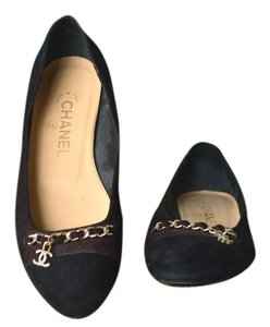Chanel Suede Gold Chain Cc Maroon Flats