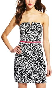 Max and Cleo Strapless Belted V Notch Sexy Printed Dress