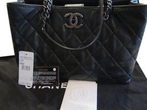 Chanel Leather Cavier Tote in Black