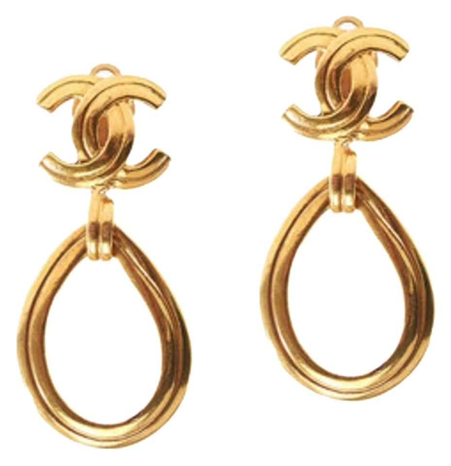 Chanel Vintage Cc Gold Oval Hoop Clip Earrings