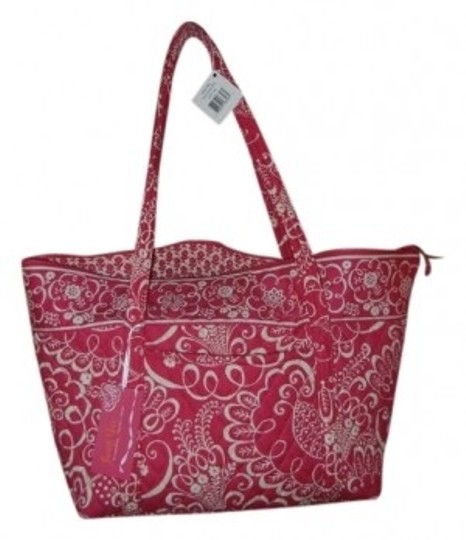 Preload https://item4.tradesy.com/images/vera-bradley-miller-large-tote-twirly-bird-pink-cotton-weekendtravel-bag-9488-0-0.jpg?width=440&height=440
