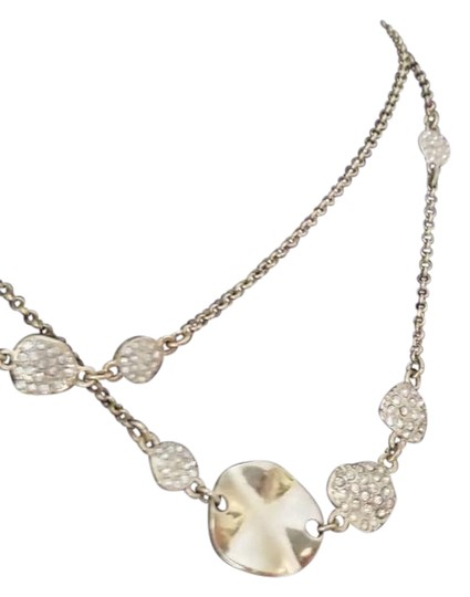 Preload https://item4.tradesy.com/images/ann-taylor-gold-tone-stone-inset-lily-pad-necklace-948848-0-4.jpg?width=440&height=440