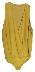 Guess By Marciano Top Yellow green