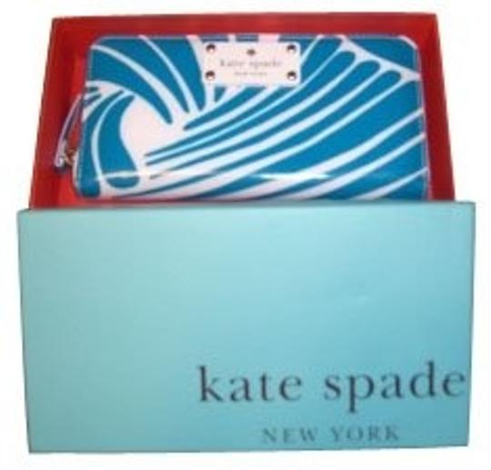 Preload https://img-static.tradesy.com/item/949/kate-spade-turquoise-and-white-clutch-0-0-540-540.jpg