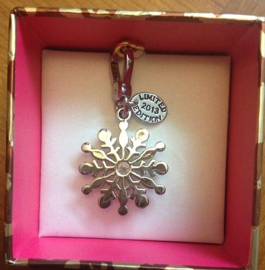 Juicy Couture 100% Authentic Juicy Couture Limited Editon Crystal Snowflake Charm YJRU7311 Retail:$58.00