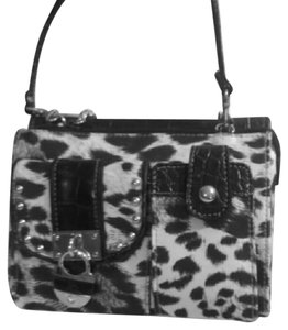 Kathy Van Zeeland Organizer Nwot New Without Cross Body Bag