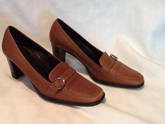 Coach Camel Pumps