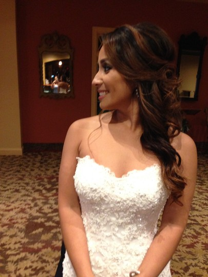 Maggie Sottero Ivory Lace & Wedding Dress Size 4 (S)