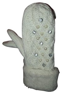 Off White Cream Knitted Thick Wool Lined Pearl and Crystal Accent Mitten Gloves