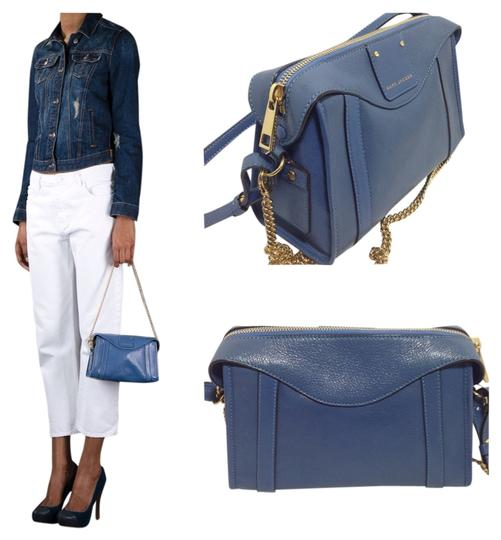 Preload https://img-static.tradesy.com/item/949923/marc-jacobs-wellington-peggy-denim-blue-leather-shoulder-bag-0-0-540-540.jpg