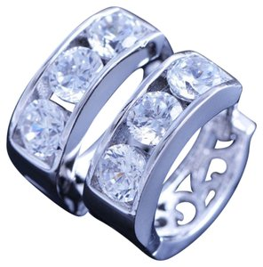 Other New 14K White Gold Filled Small Hoop Earrings Cubic Zirconia J1608