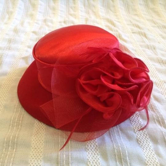 Other Vintage Red Wool and Satin Floral Derby Hat