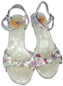 rocket dog floral Wedges