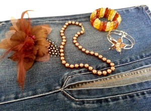 FLOWERS & PEARLS SUMMER ACCESSORY SET BRACELET NECKLACE HAIR PIN BROWN PEARLS J116