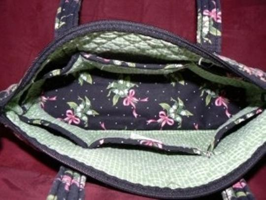 Vera Bradley Tote in BLACK, PINK RIBBON