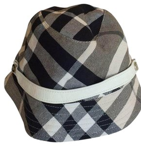 aad358db3 Burberry Hats & Caps - Up to 70% off at Tradesy