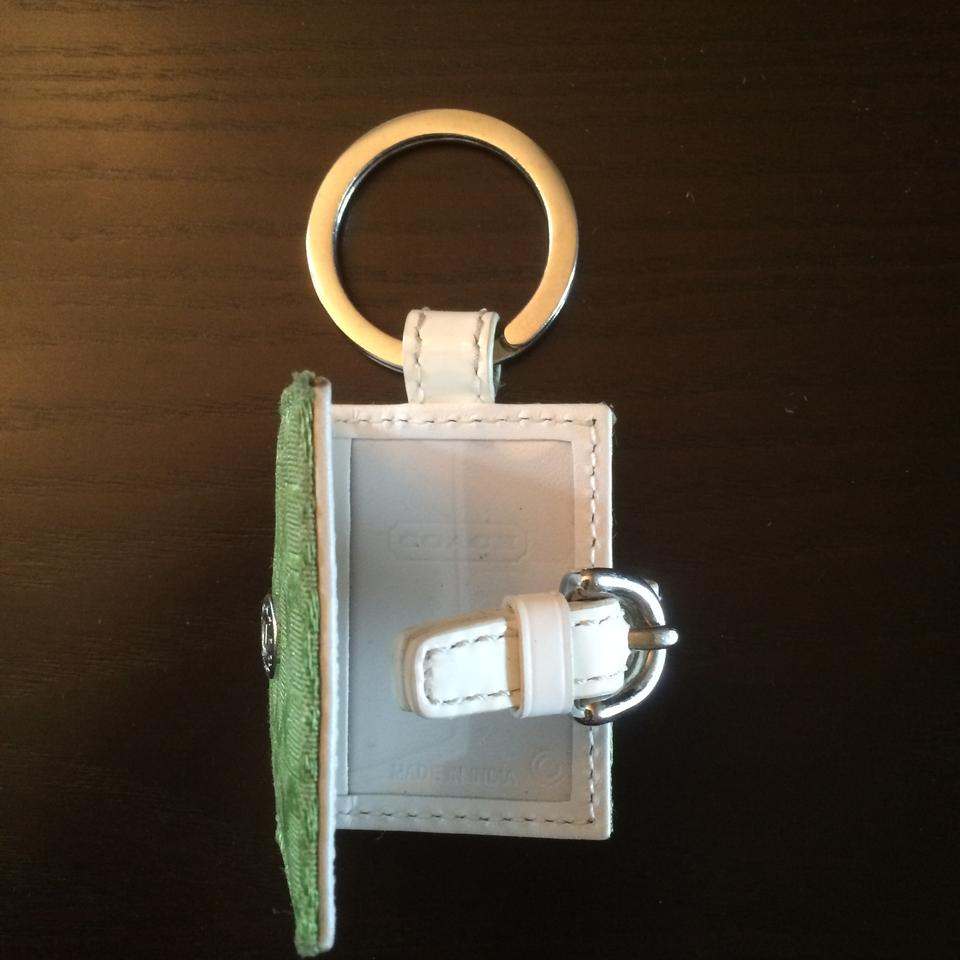 Coach signature picture frame keychain tradesy 123 jeuxipadfo Image collections