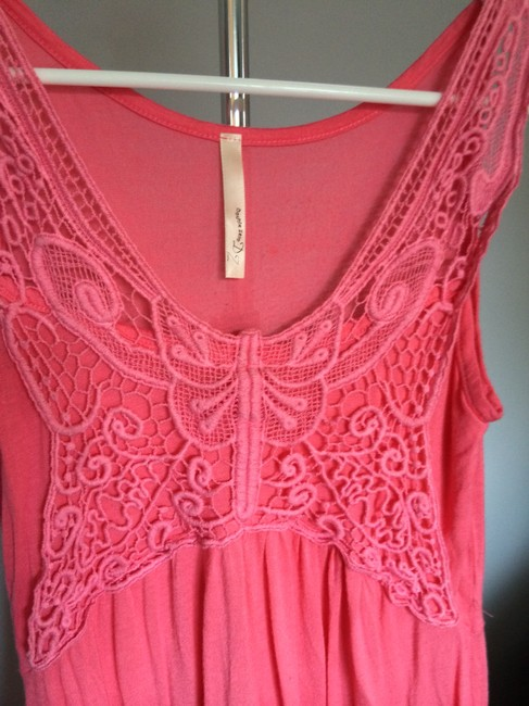 Double Zero Crochet Butterfly Top Pink