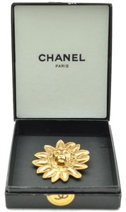 Chanel Authentic CHANEL Vintage Brooch CC Logos Lion Motif Pin Gold Tone