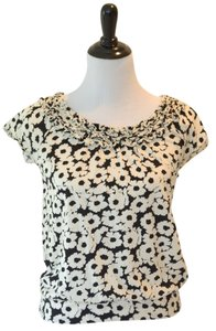 Elle Summer Flowers Ruffle Top Black and White