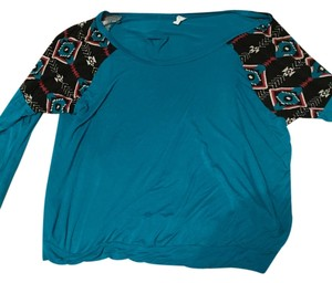 Dots Top Teal with Black Sleeves
