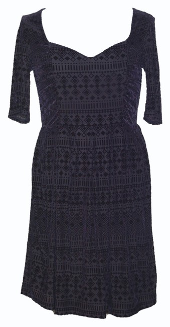 Preload https://item4.tradesy.com/images/anthropologie-navy-geo-burn-out-velvet-26269167-short-cocktail-dress-size-4-s-953398-0-0.jpg?width=400&height=650