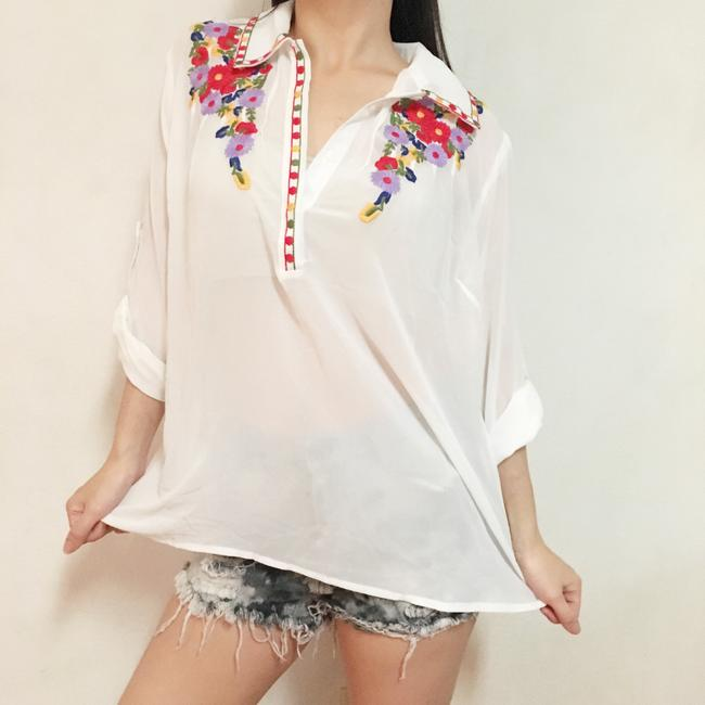 verty Boho Bohemian Embroidered Flowers Floral Sheer Lapel Collar Button Up Retro Top White