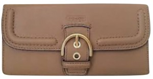 Coach Cambell Buckle Trifold