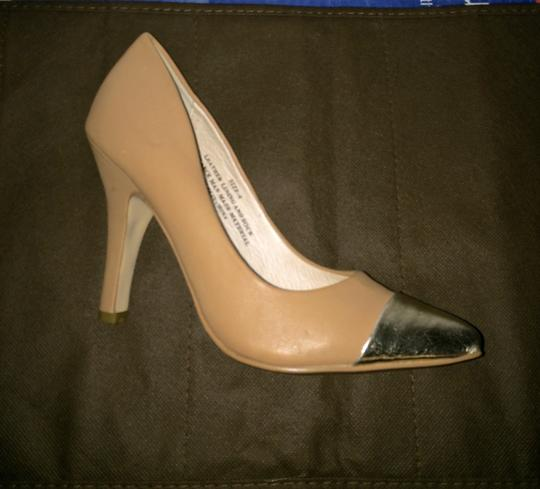 Restricted Leather Casual Gold Pointed Toe Beige Pumps