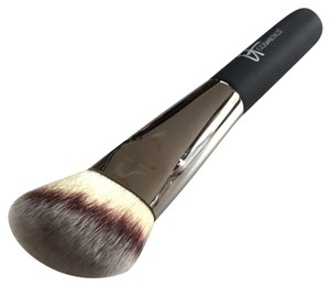 IT Cosmetics It Cosmetics Heavenly Luxe Angled Radiance Brush #10